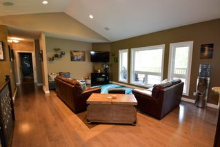 Photo 3: 13547 N 281 Road in Charlie Lake: Lakeshore House for sale (Fort St. John (Zone 60))  : MLS®# R2173325