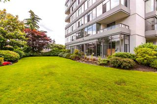 """Photo 2: 115 1420 DUCHESS Avenue in West Vancouver: Ambleside Condo for sale in """"The Westerlies"""" : MLS®# R2187312"""