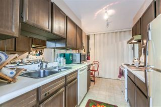 """Photo 5: 115 1420 DUCHESS Avenue in West Vancouver: Ambleside Condo for sale in """"The Westerlies"""" : MLS®# R2187312"""