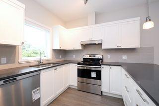 Photo 7: 1705 Haultain Street in VICTORIA: Vi Jubilee Single Family Detached for sale (Victoria)  : MLS®# 380899