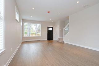 Photo 3: 1705 Haultain St in VICTORIA: Vi Jubilee House for sale (Victoria)  : MLS®# 765326