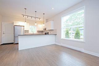 Photo 5: 1705 Haultain Street in VICTORIA: Vi Jubilee Single Family Detached for sale (Victoria)  : MLS®# 380899
