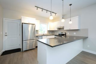 Photo 6: 1705 Haultain Street in VICTORIA: Vi Jubilee Single Family Detached for sale (Victoria)  : MLS®# 380899