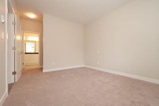 Photo 10: 1705 Haultain Street in VICTORIA: Vi Jubilee Single Family Detached for sale (Victoria)  : MLS®# 380899