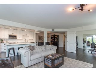 "Photo 11: 401 32330 S FRASER Way in Abbotsford: Abbotsford West Condo for sale in ""Town Centre"" : MLS®# R2195822"