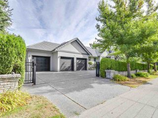 Photo 1: 2011 137A Street in Surrey: Elgin Chantrell House for sale (South Surrey White Rock)  : MLS®# R2201254