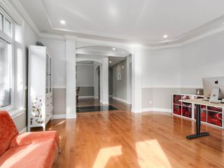 Photo 5: 2011 137A Street in Surrey: Elgin Chantrell House for sale (South Surrey White Rock)  : MLS®# R2201254