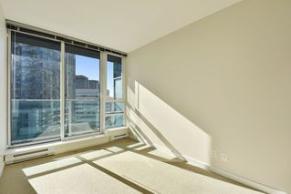"Photo 8: 1102 788 HAMILTON Street in Vancouver: Downtown VW Condo for sale in ""TV TOWERS 1"" (Vancouver West)  : MLS®# R2217324"