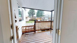 "Photo 3: 37 40157 GOVERNMENT Road in Squamish: Garibaldi Estates Manufactured Home for sale in ""Spiral Mobile Home Park"" : MLS®# R2226149"