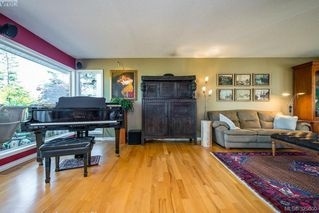 Photo 9: 944 Rankin Rd in VICTORIA: Es Kinsmen Park Single Family Detached for sale (Esquimalt)  : MLS®# 645208