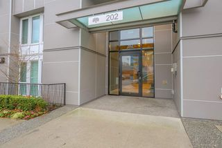 "Photo 14: 208 202 E 24TH Avenue in Vancouver: Main Condo for sale in ""Bluetree on Main"" (Vancouver East)  : MLS®# R2236283"