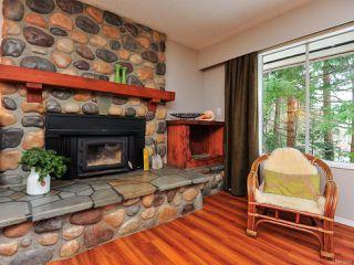 Photo 5: 4812 N Island Hwy in COURTENAY: CV Courtenay City House for sale (Comox Valley)  : MLS®# 779950