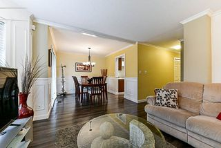 "Photo 11: 118 8655 KING GEORGE Boulevard in Surrey: Bear Creek Green Timbers Townhouse for sale in ""Creekside Village"" : MLS®# R2250326"