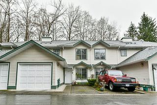 "Photo 3: 118 8655 KING GEORGE Boulevard in Surrey: Bear Creek Green Timbers Townhouse for sale in ""Creekside Village"" : MLS®# R2250326"
