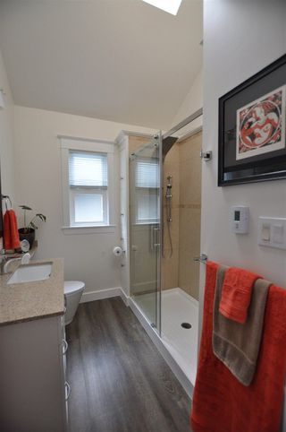 Photo 16: 857 E 14TH Avenue in Vancouver: Mount Pleasant VE House for sale (Vancouver East)  : MLS®# R2255152