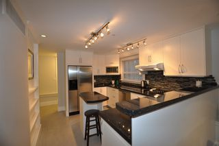 Photo 18: 857 E 14TH Avenue in Vancouver: Mount Pleasant VE House for sale (Vancouver East)  : MLS®# R2255152