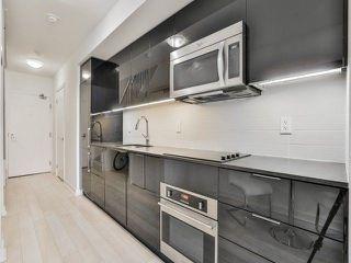 Photo 7: 5 Hanna Ave Unit #703 in Toronto: Niagara Condo for sale (Toronto C01)  : MLS®# C4098566