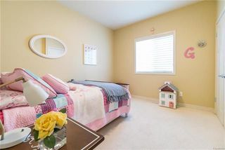Photo 10: 11 Hunterbrook Road in Winnipeg: Bridgwater Forest Residential for sale (1R)  : MLS®# 1813650