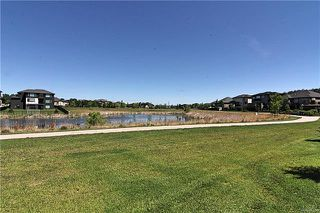 Photo 20: 11 Hunterbrook Road in Winnipeg: Bridgwater Forest Residential for sale (1R)  : MLS®# 1813650