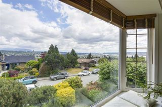 "Photo 7: 920 SURREY Street in New Westminster: The Heights NW House for sale in ""The Heights"" : MLS®# R2276735"
