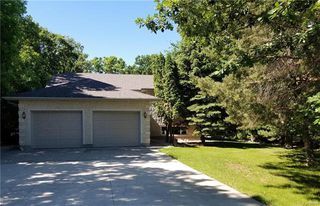 Photo 1: 115 NORTH HILL Drive in East St Paul: North Hill Park Residential for sale (3P)  : MLS®# 1816530
