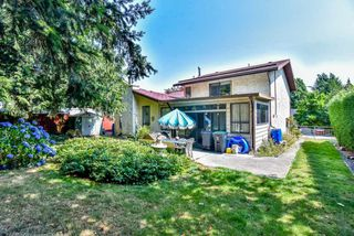 Photo 2: 6315 195B Street in Surrey: Clayton House for sale (Cloverdale)  : MLS®# R2293404