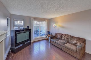 Photo 10: 111 3008 Washington Ave in VICTORIA: Vi Burnside Condo for sale (Victoria)  : MLS®# 797937