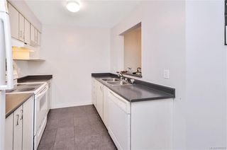 Photo 9: 111 3008 Washington Ave in VICTORIA: Vi Burnside Condo for sale (Victoria)  : MLS®# 797937