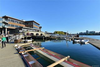 Photo 18: 111 3008 Washington Ave in VICTORIA: Vi Burnside Condo for sale (Victoria)  : MLS®# 797937