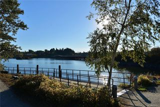 Photo 19: 111 3008 Washington Ave in VICTORIA: Vi Burnside Condo for sale (Victoria)  : MLS®# 797937