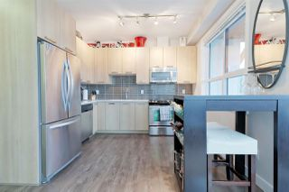 """Photo 7: 401 10477 154 Street in Surrey: Guildford Condo for sale in """"G3 RESIDENCE'S- ENCORE"""" (North Surrey)  : MLS®# R2308676"""
