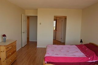 "Photo 8: 1606 14881 103A Avenue in Surrey: Guildford Condo for sale in ""Sunwest Estates"" (North Surrey)  : MLS®# R2313907"