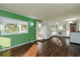 """Photo 6: 18 45955 SLEEPY HOLLOW Road: Cultus Lake Manufactured Home for sale in """"Liumchen Village"""" : MLS®# R2318464"""