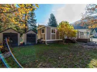 "Photo 20: 18 45955 SLEEPY HOLLOW Road: Cultus Lake Manufactured Home for sale in ""Liumchen Village"" : MLS®# R2318464"