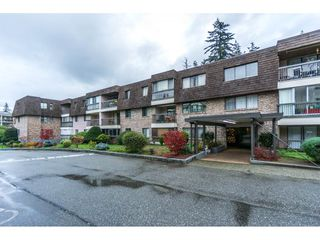 "Main Photo: 112 32175 OLD YALE Road in Abbotsford: Abbotsford West Condo for sale in ""FIR VILLA"" : MLS®# R2324877"