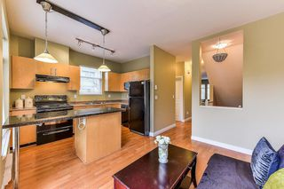 Photo 10: 22 8726 159 Street in Surrey: Fleetwood Tynehead Townhouse for sale : MLS®# R2325958