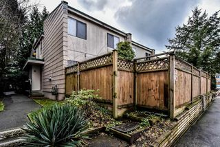 """Photo 1: 35 10565 153RD Street in Surrey: Guildford Townhouse for sale in """"Guildford Mews"""" (North Surrey)  : MLS®# R2334921"""