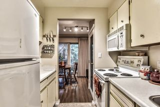 """Photo 12: 35 10565 153RD Street in Surrey: Guildford Townhouse for sale in """"Guildford Mews"""" (North Surrey)  : MLS®# R2334921"""