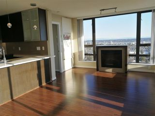 Photo 8: 2005 7328 ARCOLA Street in Burnaby: Highgate Condo for sale (Burnaby South)  : MLS®# R2339087
