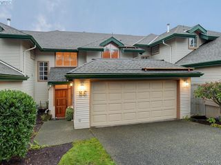 Photo 30: 55 530 Marsett Place in VICTORIA: SW Royal Oak Townhouse for sale (Saanich West)  : MLS®# 406418