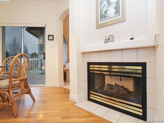 Photo 12: 55 530 Marsett Place in VICTORIA: SW Royal Oak Townhouse for sale (Saanich West)  : MLS®# 406418