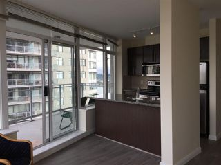 """Photo 3: 2606 892 CARNARVON Street in New Westminster: Downtown NW Condo for sale in """"AZURE 2"""" : MLS®# R2355138"""