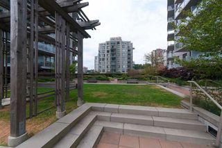 """Photo 13: 2606 892 CARNARVON Street in New Westminster: Downtown NW Condo for sale in """"AZURE 2"""" : MLS®# R2355138"""