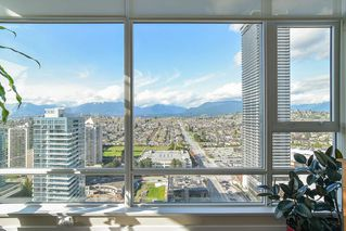 """Photo 8: 2503 4485 SKYLINE Drive in Burnaby: Brentwood Park Condo for sale in """"ALTUS AT SOLO DISTRICT"""" (Burnaby North)  : MLS®# R2356833"""