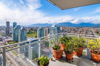 """Photo 14: 2503 4485 SKYLINE Drive in Burnaby: Brentwood Park Condo for sale in """"ALTUS AT SOLO DISTRICT"""" (Burnaby North)  : MLS®# R2356833"""