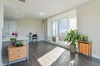 """Photo 6: 2503 4485 SKYLINE Drive in Burnaby: Brentwood Park Condo for sale in """"ALTUS AT SOLO DISTRICT"""" (Burnaby North)  : MLS®# R2356833"""