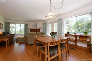 Photo 5: 3978 Hopkins Dr in VICTORIA: SE Maplewood House for sale (Saanich East)  : MLS®# 810909