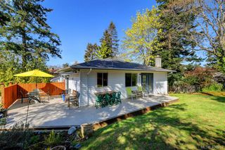 Photo 21: 3978 Hopkins Dr in VICTORIA: SE Maplewood House for sale (Saanich East)  : MLS®# 810909
