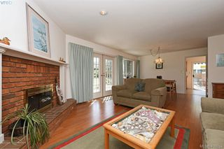 Photo 4: 3978 Hopkins Dr in VICTORIA: SE Maplewood House for sale (Saanich East)  : MLS®# 810909