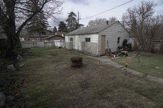 Photo 3: 9308 85 Street in Edmonton: Zone 18 House for sale : MLS®# E4155022